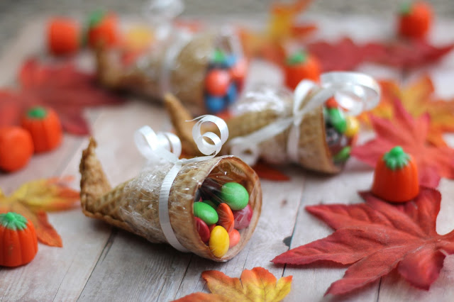 Easy food craft for kids at Thanksgiving
