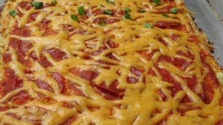 Cauliflower Pizza and Refrigerator Oatmeal