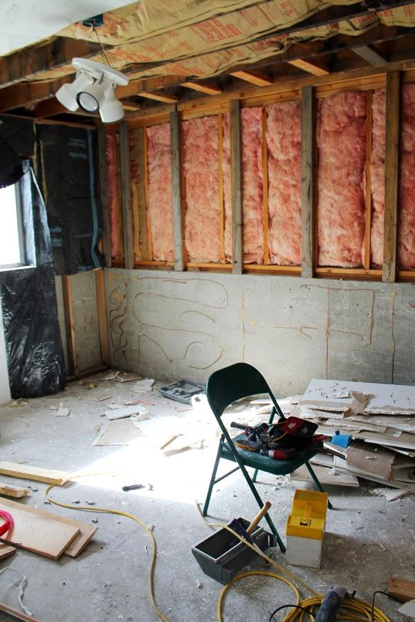 b98f6a5f325 The Big Craft Room Reveal!!! - thecraftpatchblog.com