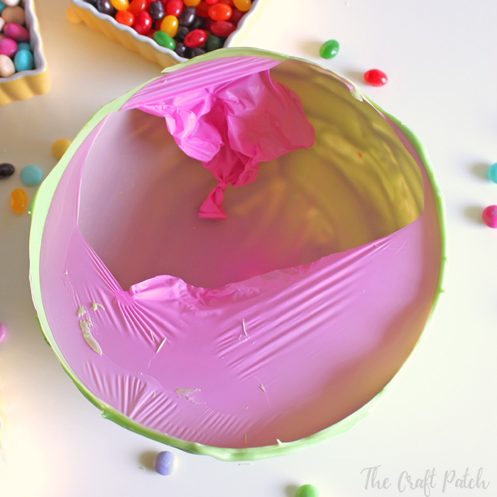 How to make a chocolate bowl using a balloon