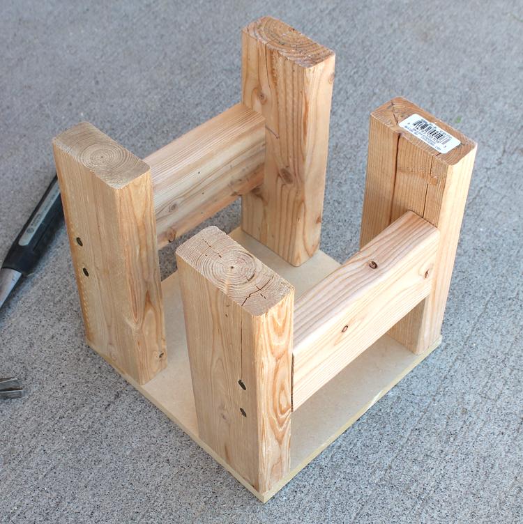 build a cedar planter