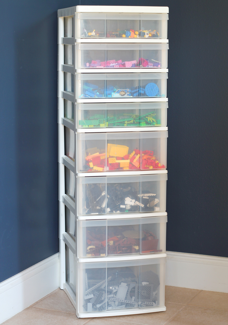 Simple Lego Storage System and A Fun Lego Building Challenge - thecraftpatchblog.com & Simple Lego Storage System and A Fun Lego Building Challenge ...