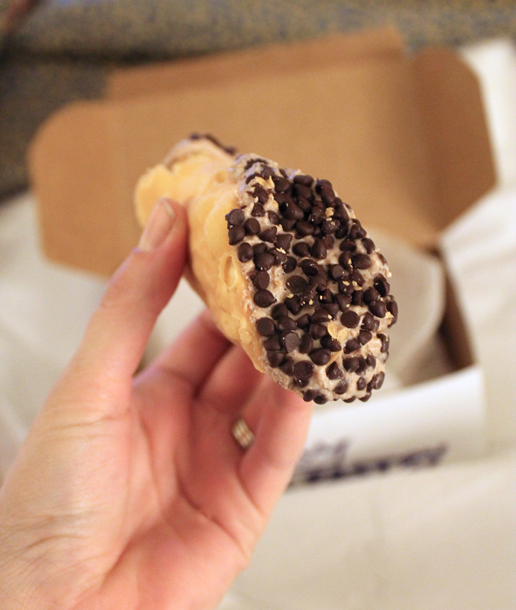Boston Restaurants - Mike's Pastry