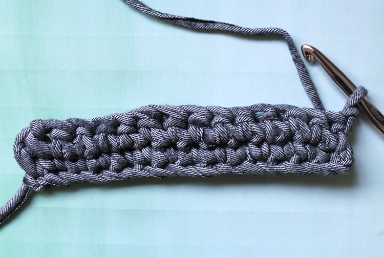 How to crochet a purse with t-shirt yarn