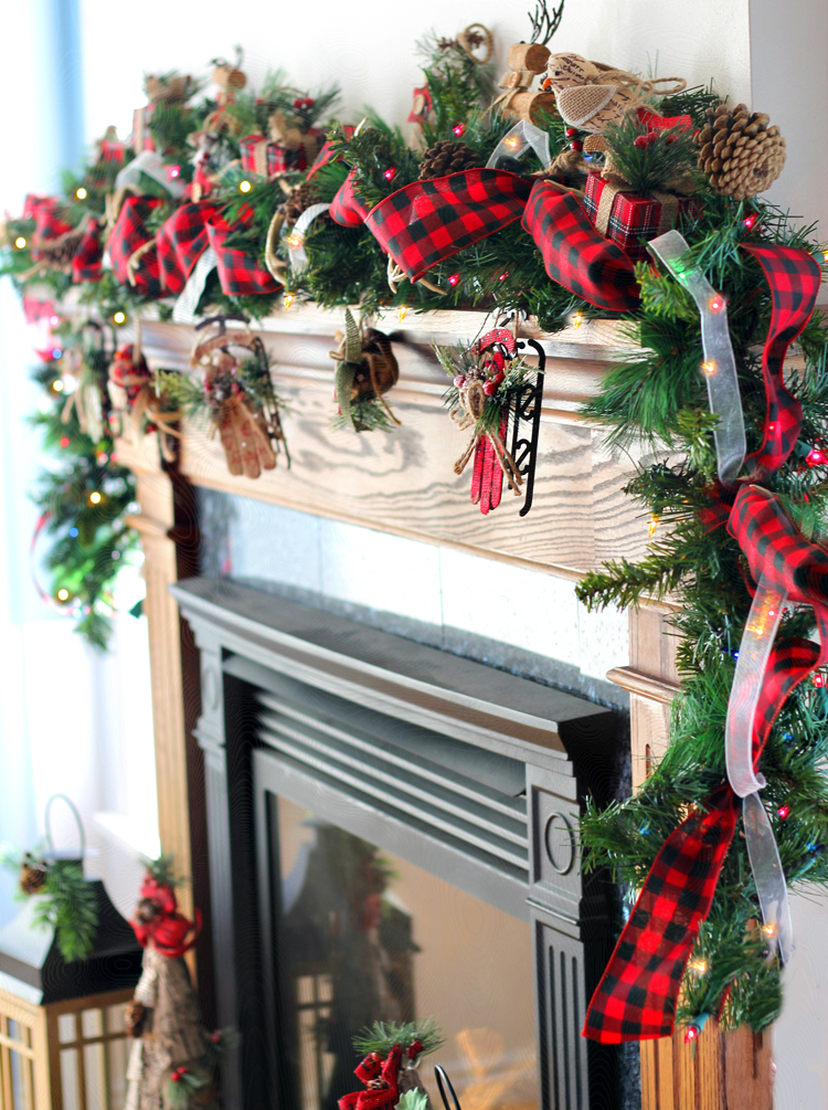 Buffalo Check Christmas Wreath.How To Make Stunning Diy Christmas Garland Like A Pro