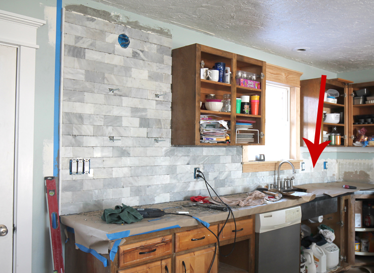 Kitchen backsplash tile DIY