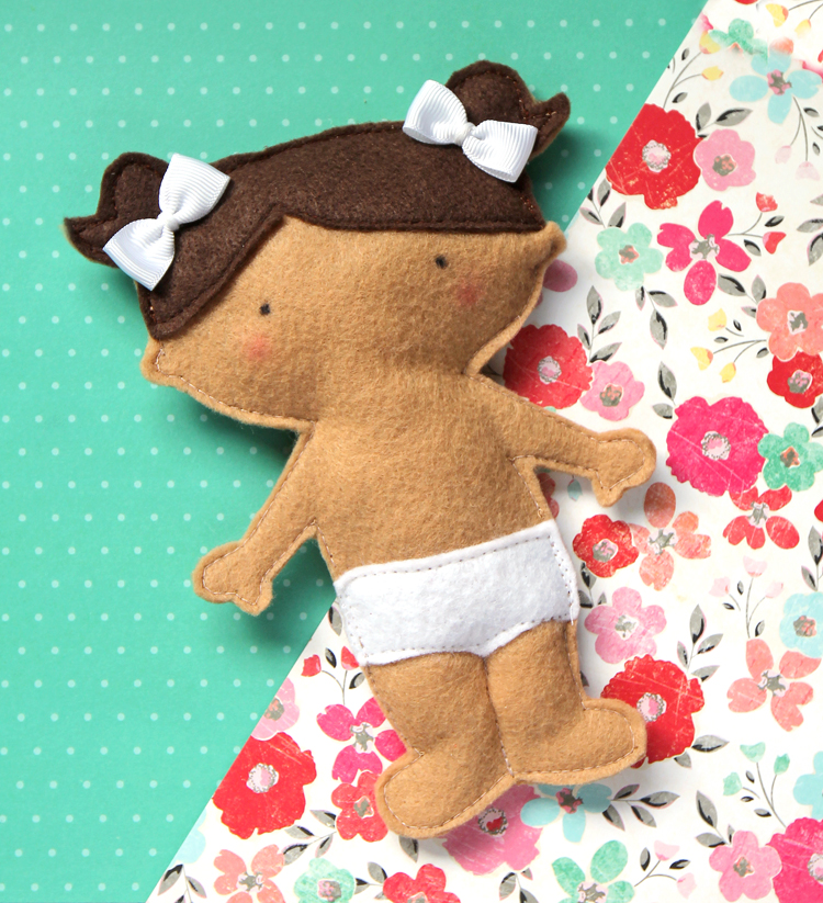 Free sewing pattern and tutorial for a felt dolly