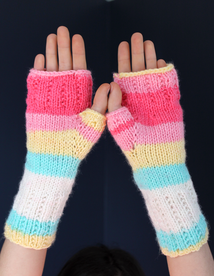 fingerless gloves free knitting pattern
