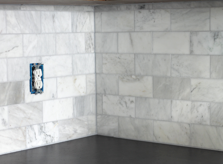 Subway tile backsplash on an inside corner