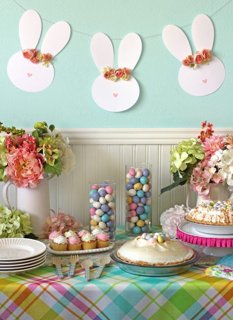 Easy Easter Table Decor and a Floral Crown Easter Bunny ...