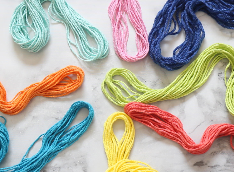 Easy macrame project in rainbow colors