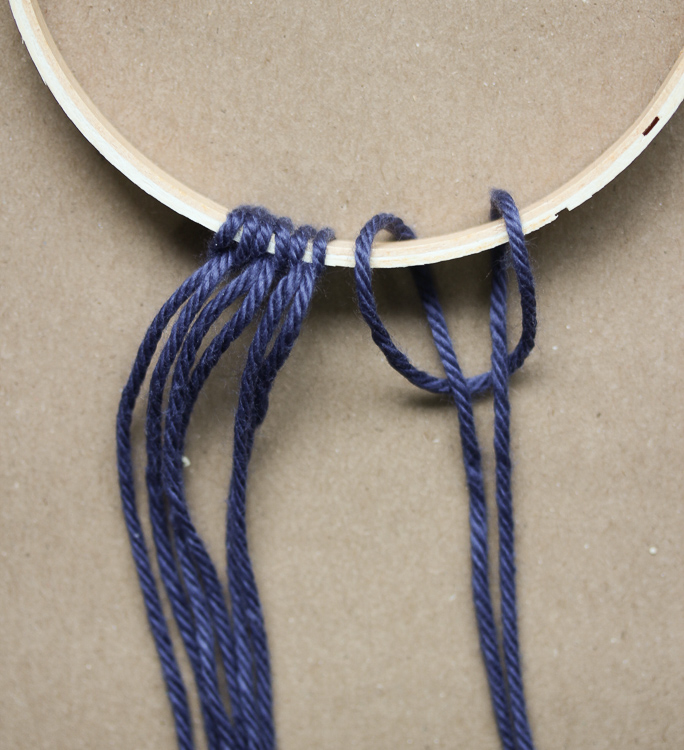 Best knot for attaching yarn to a macrame project