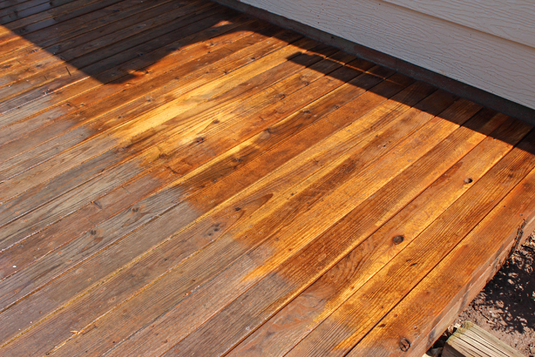 power wash wood deck