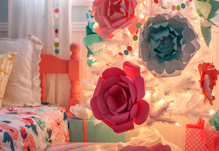 paper flower christmas tree diy decorations - Christmas Tree Flower Decorations