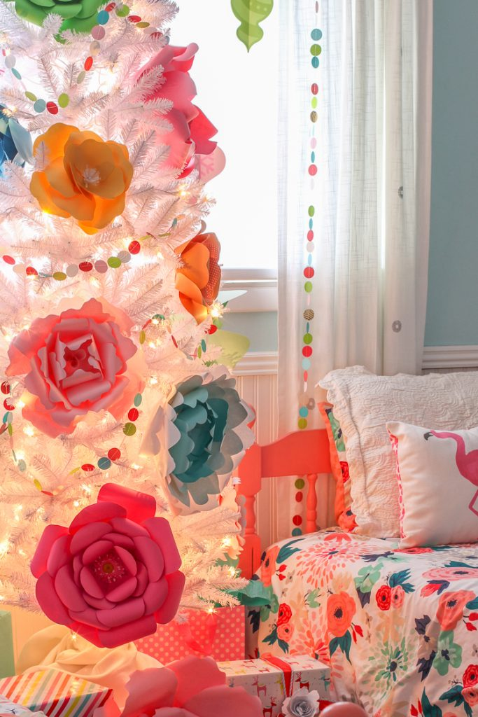 Paper flower christmas tree thecraftpatchblog giant paper flowers make a bold statement on this modern christmas tree mightylinksfo
