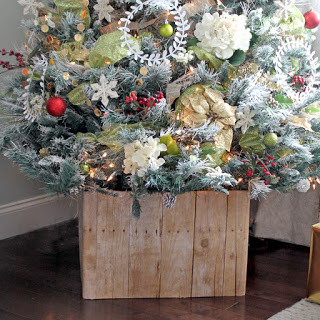 Farmhouse Style Wood Christmas Tree Box