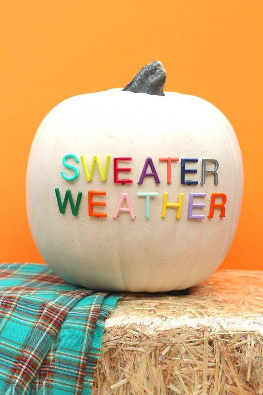letterboard pumpkin