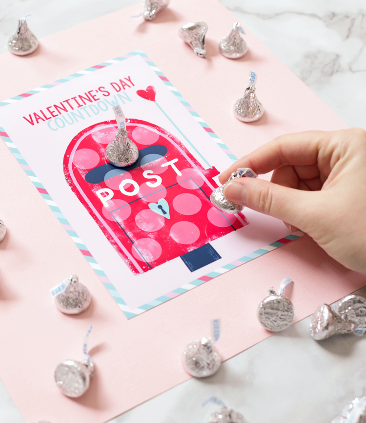 Hershey's Kiss Valentine's Day Craft