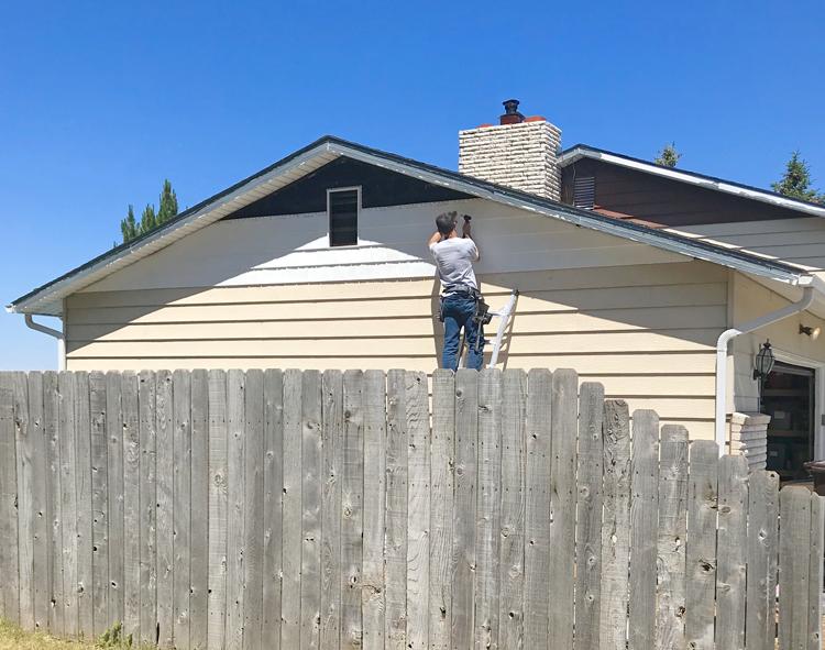 installing siding DIY