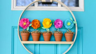 Mini Flower Pot Spring Wreath