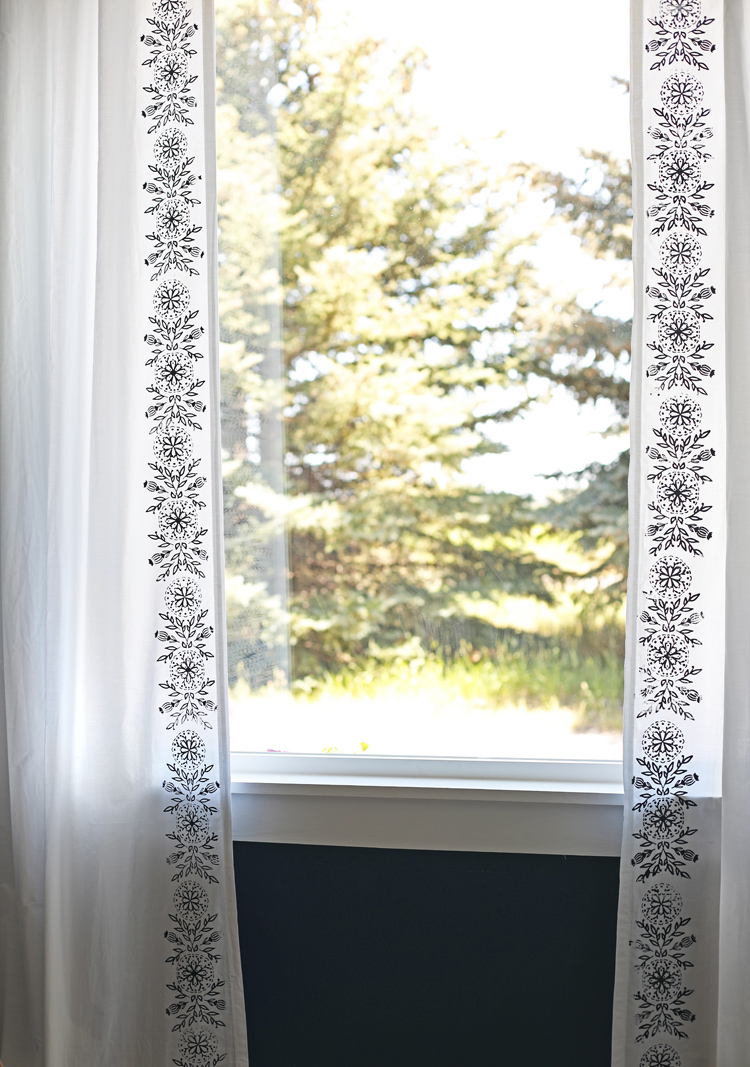 stenciled curtains DIY