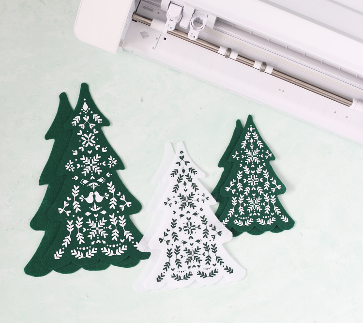 how to make felt christmas trees with scandinavian design