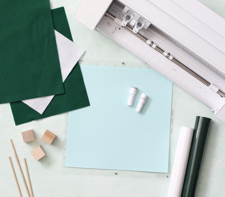 craft supplies needed to make felt trees