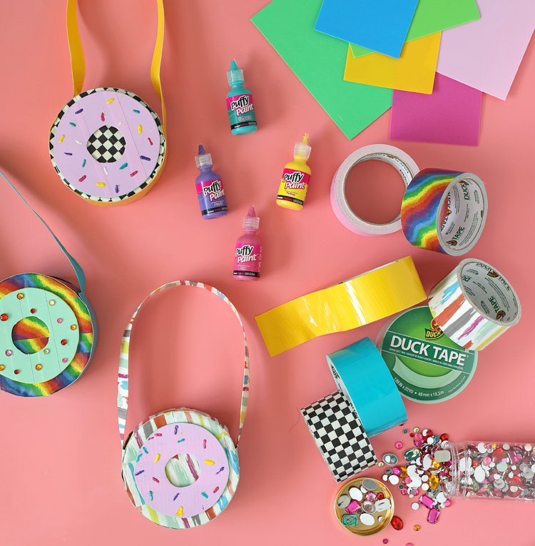 how to make a round purse out of duck tape